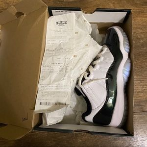 Air Jordan 11 Low Emerald